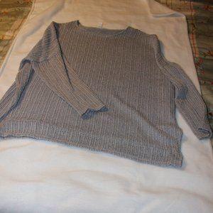 LIKE NEW - Thin Block Sweater